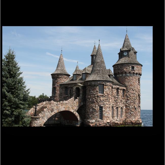 Модульная картина Каменный замок со рвом и мостом