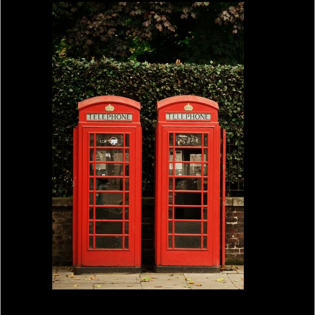 Модульная картина Те самые телефонные будки