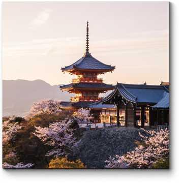 Модульная картина Цветение сакуры в Киото