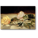 Две розы на скатерти