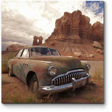 Винтажная машина в пустыне