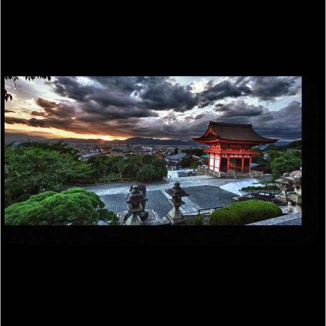 Модульная картина Грозовые облака над Киомицу-дэра, Киото