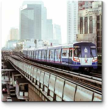 Модульная картина Надземный поезд мчится в центр Бангкока