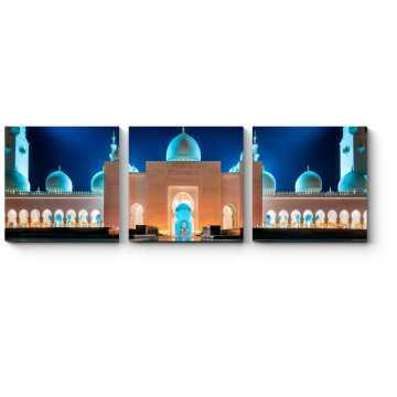 Сияющая в ночи Мечеть