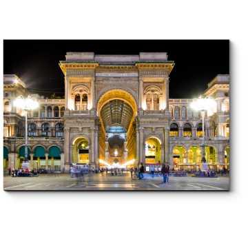 Галерея Витторио Эмануеле в свете ночных огней. Милан