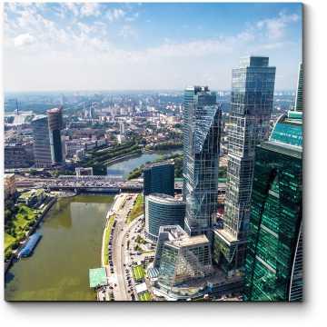 Бизнес центр солнечным днем, Москва