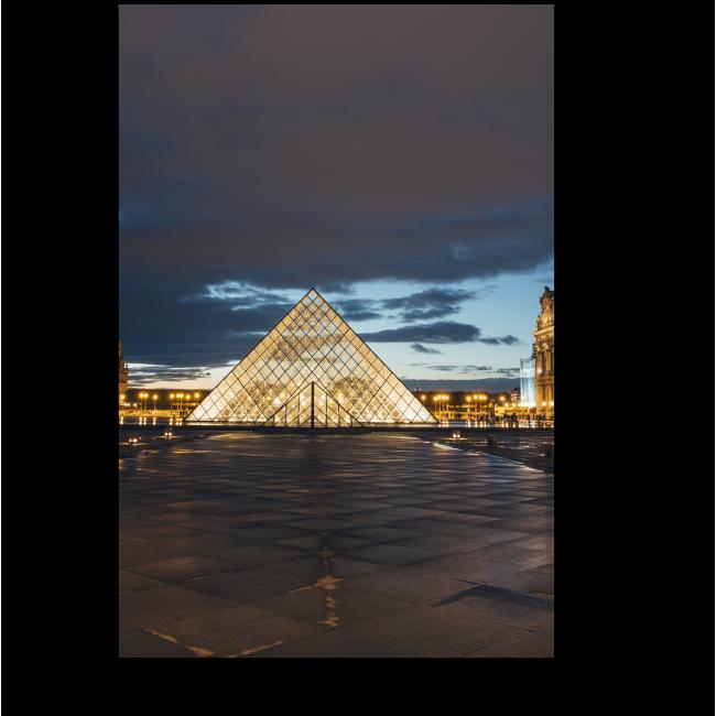 Модульная картина Сияющий Лувр