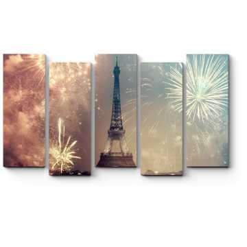 Новогодний фейерверк над Парижем