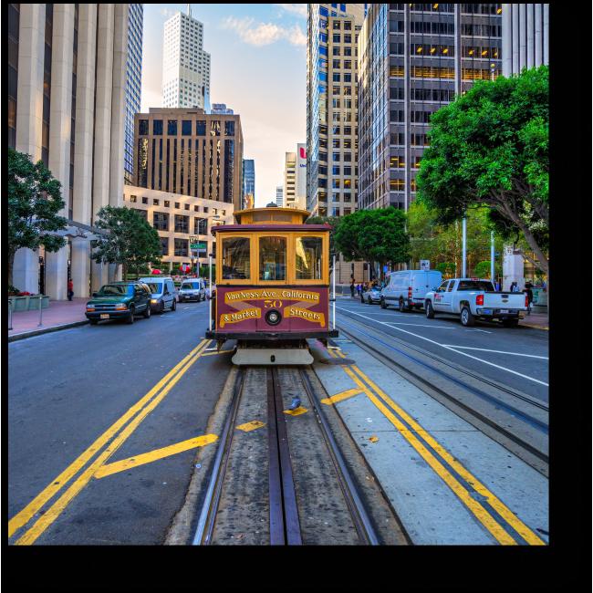 Модульная картина Старинный трамвай в пути