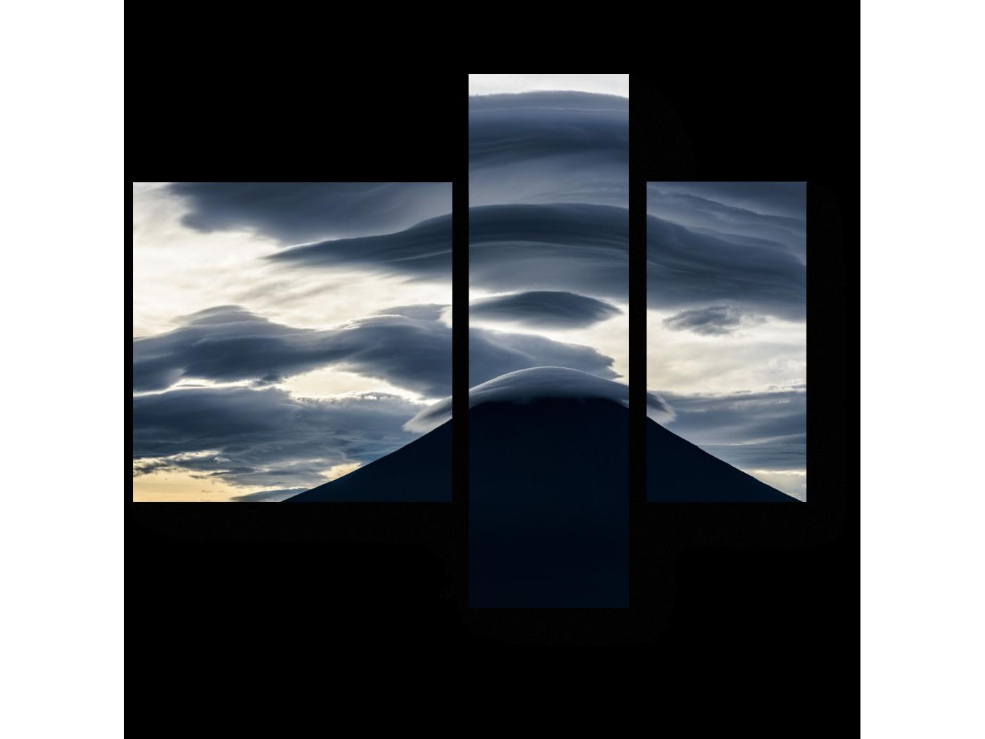 Модульная картина Линейные облака над горой (80x66) фото