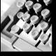 По клавишам
