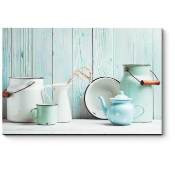 Голубая эмалированная посуда