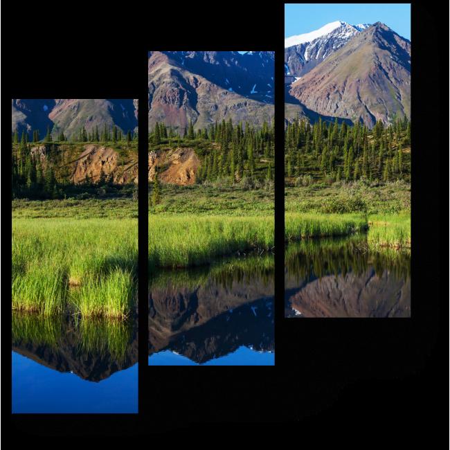 Модульная картина Спокойное озеро среди тундры