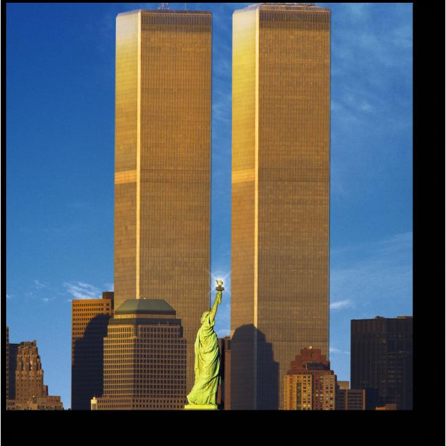 Модульная картина Всемирный торговый центр за Статуей Свободы