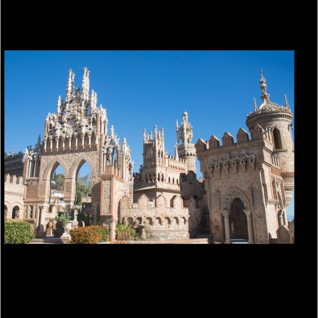 Модульная картина Замок Коломарес в Испании