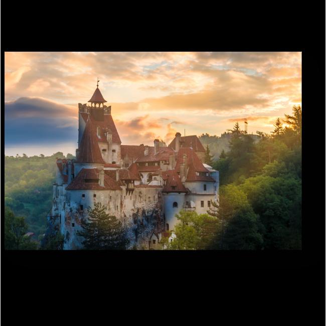 Модульная картина Средневековый замок Дракулы Бран в свете заката