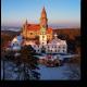 Романтический сказочный замок зимой