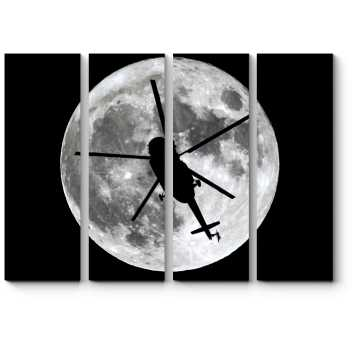 Силуэт вертолета на фоне луны