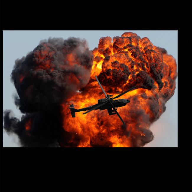 Модульная картина Вертолет против гигантского взрыва