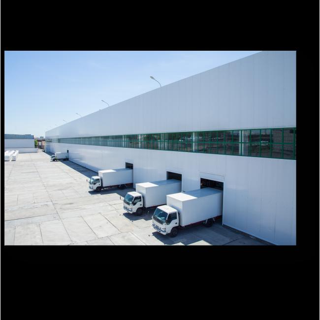 Модульная картина Промышленное здание со складом