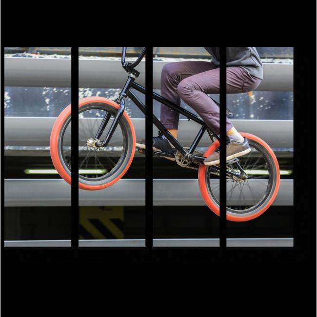 Модульная картина Прыжок велосипедиста