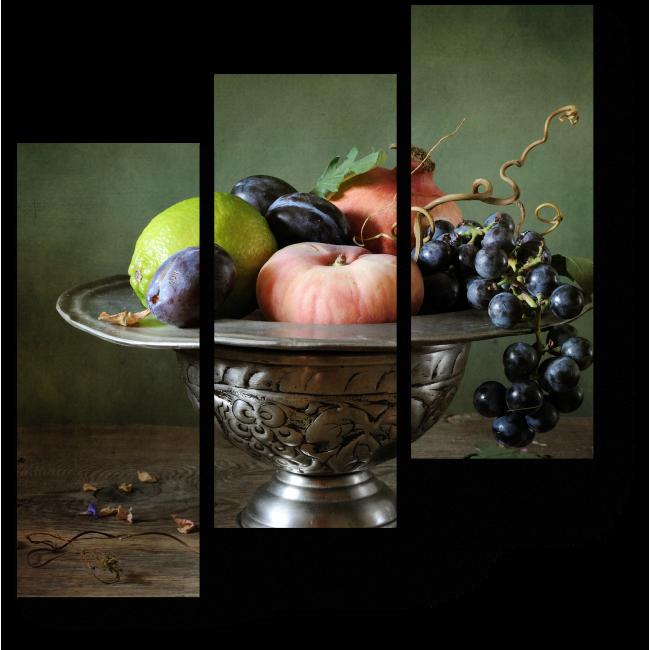 Модульная картина Спелые фрукты в изящной серебряной вазе
