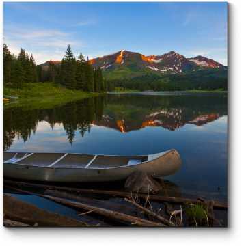 Спокойное озеро в Колорадо