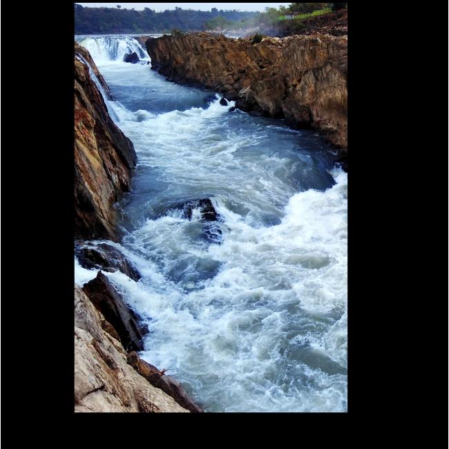 Модульная картина Камень и вода