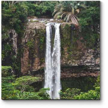 Модульная картина Водопад в сердце тропиков