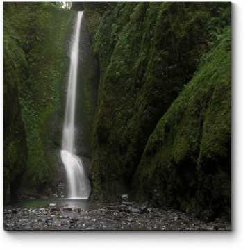 Модульная картина Водопад в сердце леса