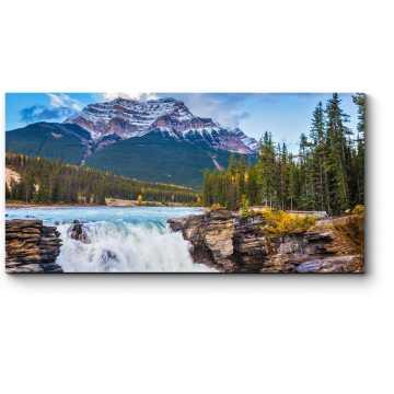 Мощный водопад Атабаска, Канада