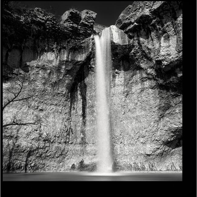 Модульная картина Великолепный водопад