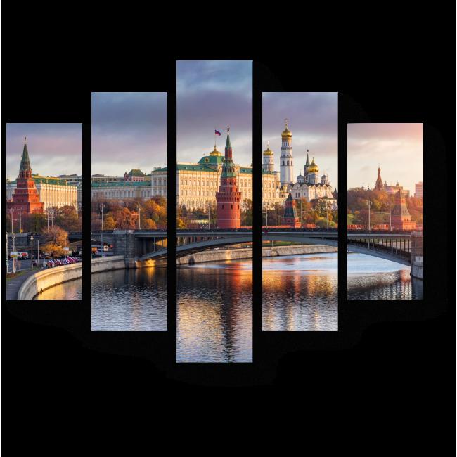 Модульная картина Лучи утреннего солнца над Кремлем, Москва