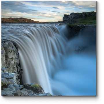 Модульная картина Неземная красота водопада