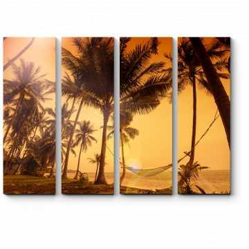 Яркий закат на берегу