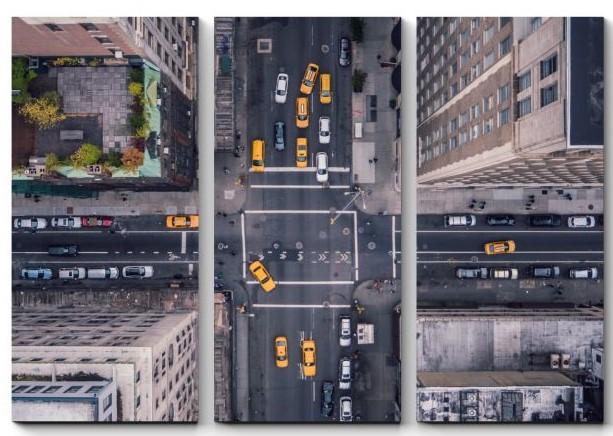 перекресток в мегаполисе