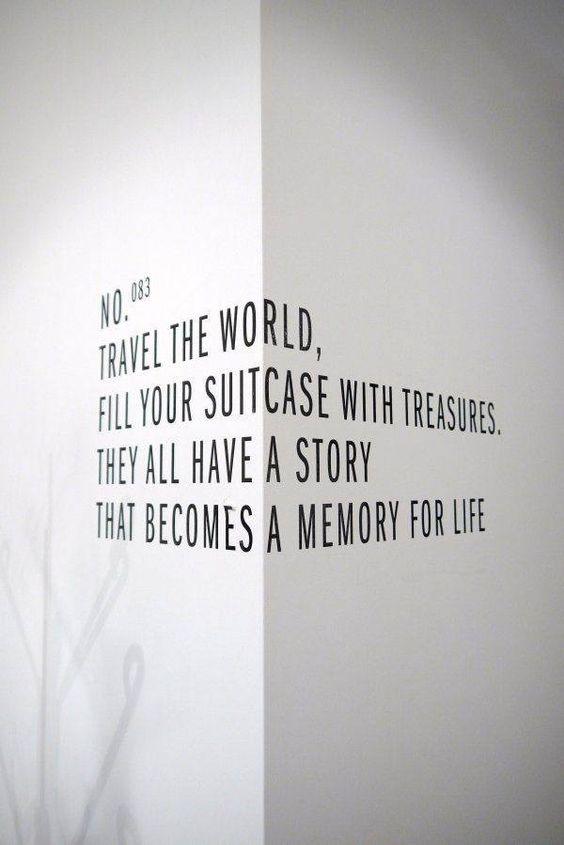 наклейка на стене