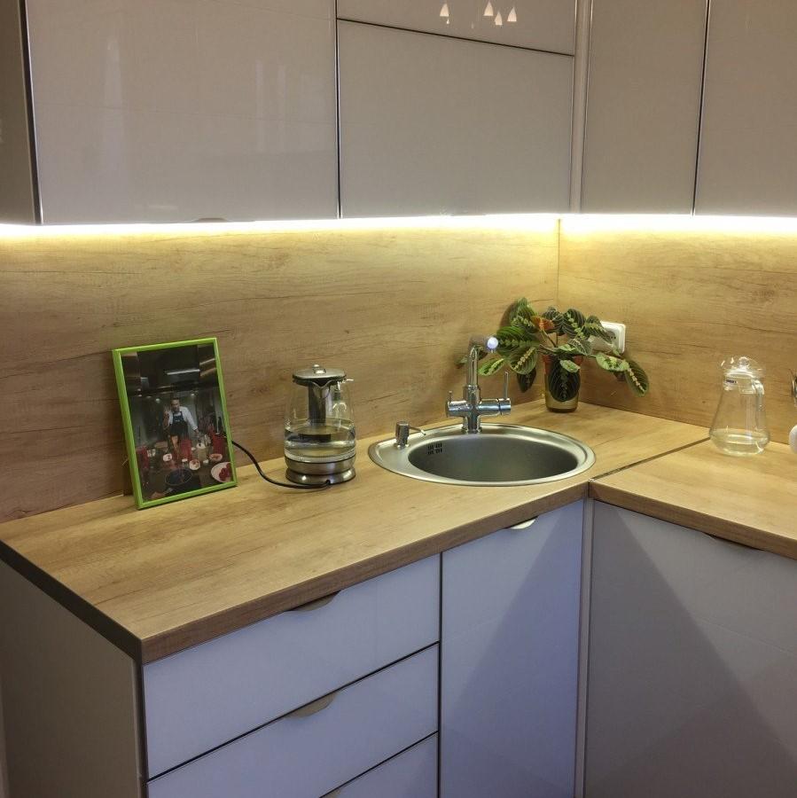 светодиоды на кухонном гарнитуре